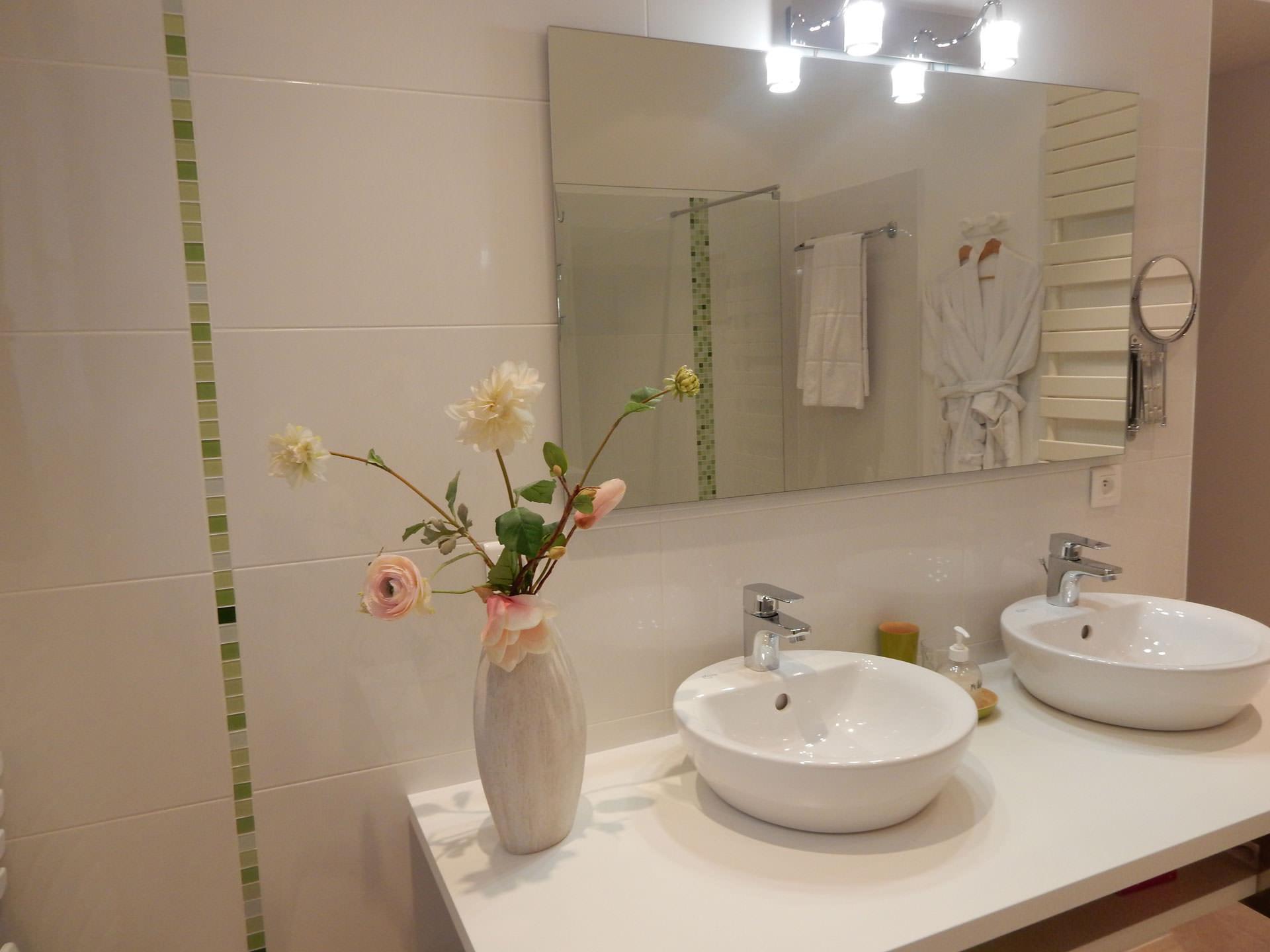 vasque salle de bain chambre d'hôtes Bleu Azur