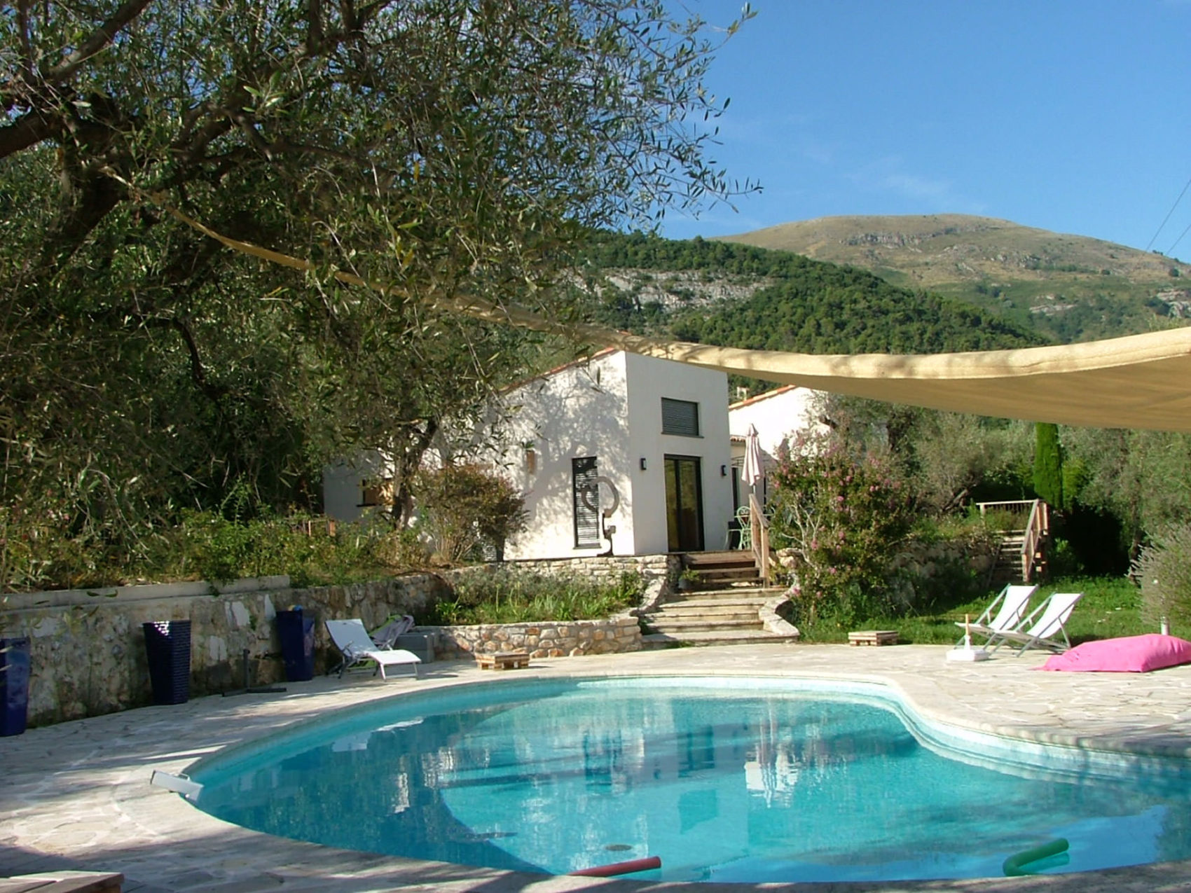 Bed And Breakfast In Tourrettes Sur Loup In Provence Alpes Cote D Azur