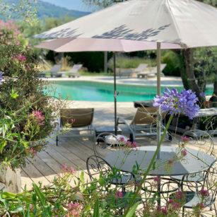 piscine bleu-azur tourrettes-sur-loup